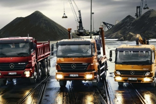 Mercedes Trucks Background for Android, iPhone and iPad