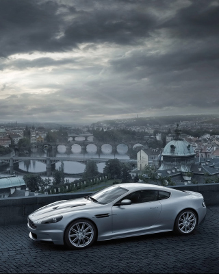 Free Aston Martin Picture for 360x400