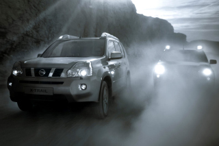 Обои Nissan X-Trail in Fog на телефон