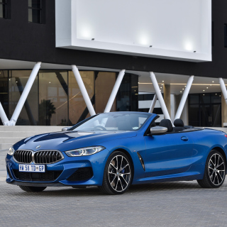 BMW M850i xDrive Cabrio Wallpaper for iPad mini