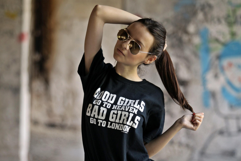Крутые девичьи картинки на аву, днем