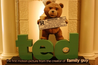 Ted Movie sfondi gratuiti per cellulari Android, iPhone, iPad e desktop