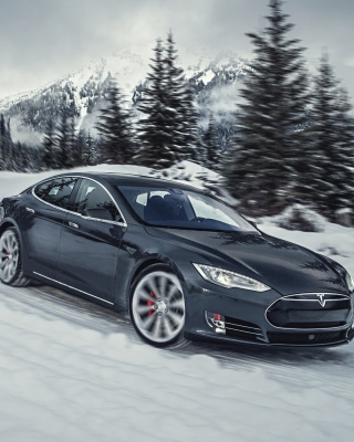 Tesla Model S P85D on Snow sfondi gratuiti per iPhone 6 Plus
