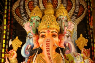Ganesh - Ganapati Background for Android, iPhone and iPad