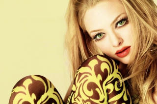 Amanda Seyfried Green Eyes Background for LG Optimus U