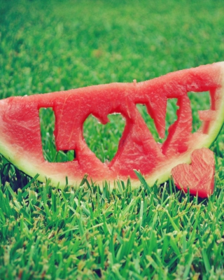 Free Love Watermelon Picture for iPhone 4S