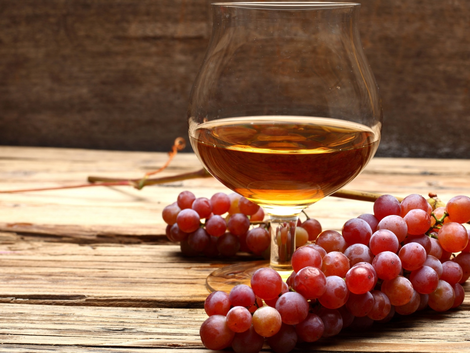Screenshot №1 pro téma Cognac and grapes 1600x1200