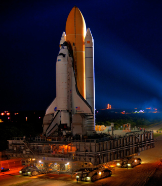 Space Shuttle Discovery Wallpaper for HTC Titan