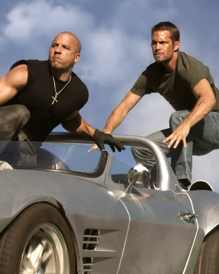 Kostenloses Fast and Furious 6 Episode Wallpaper für Nokia C6