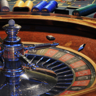 Roulette in Casino not Online Game Background for 128x128