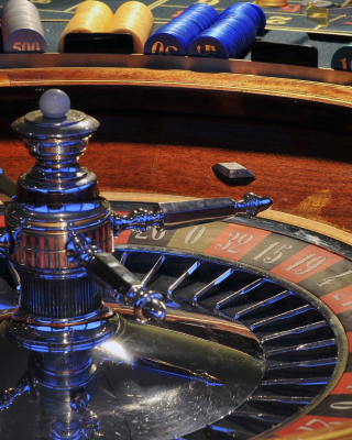 Roulette in Casino not Online Game Background for Nokia 5800 XpressMusic