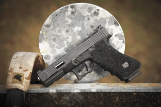 Glock 17 Austrian Pistol Background for Android, iPhone and iPad