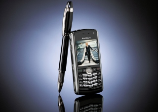 Blackberry Pearl Vs Pen sfondi gratuiti per cellulari Android, iPhone, iPad e desktop