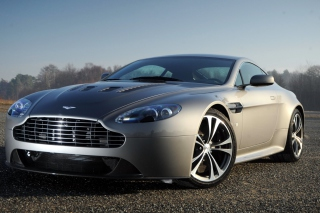 Aston Martin V8 Vantage Background for Android, iPhone and iPad