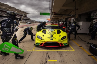 Aston Martin Racing Wallpaper for 480x400
