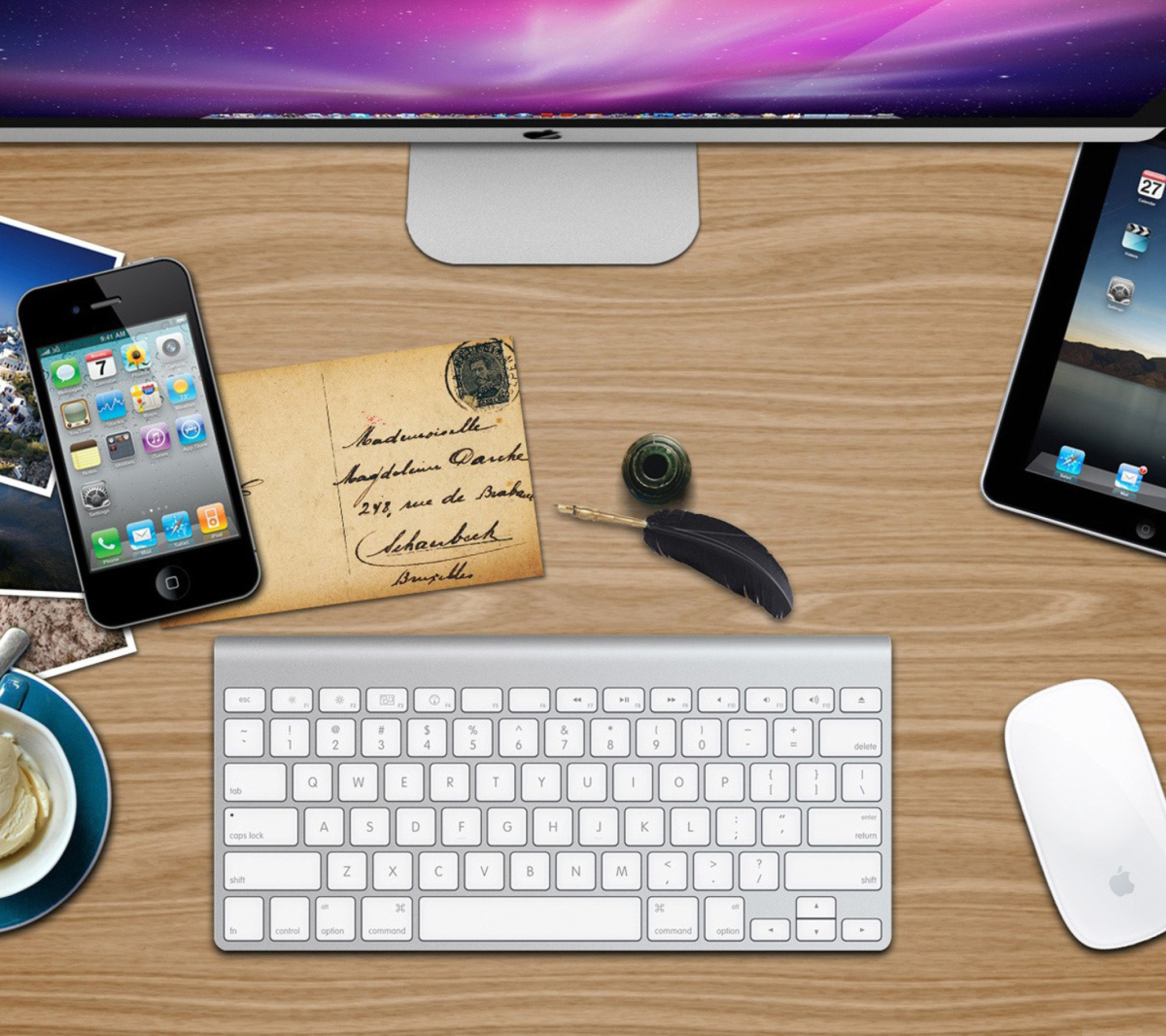Screenshot №1 pro téma Apple Table with Postcards 1440x1280