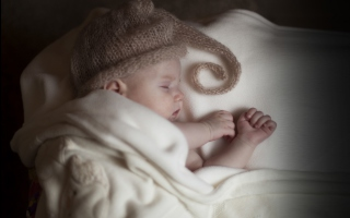 Cute Baby Sleeping Picture for Android, iPhone and iPad