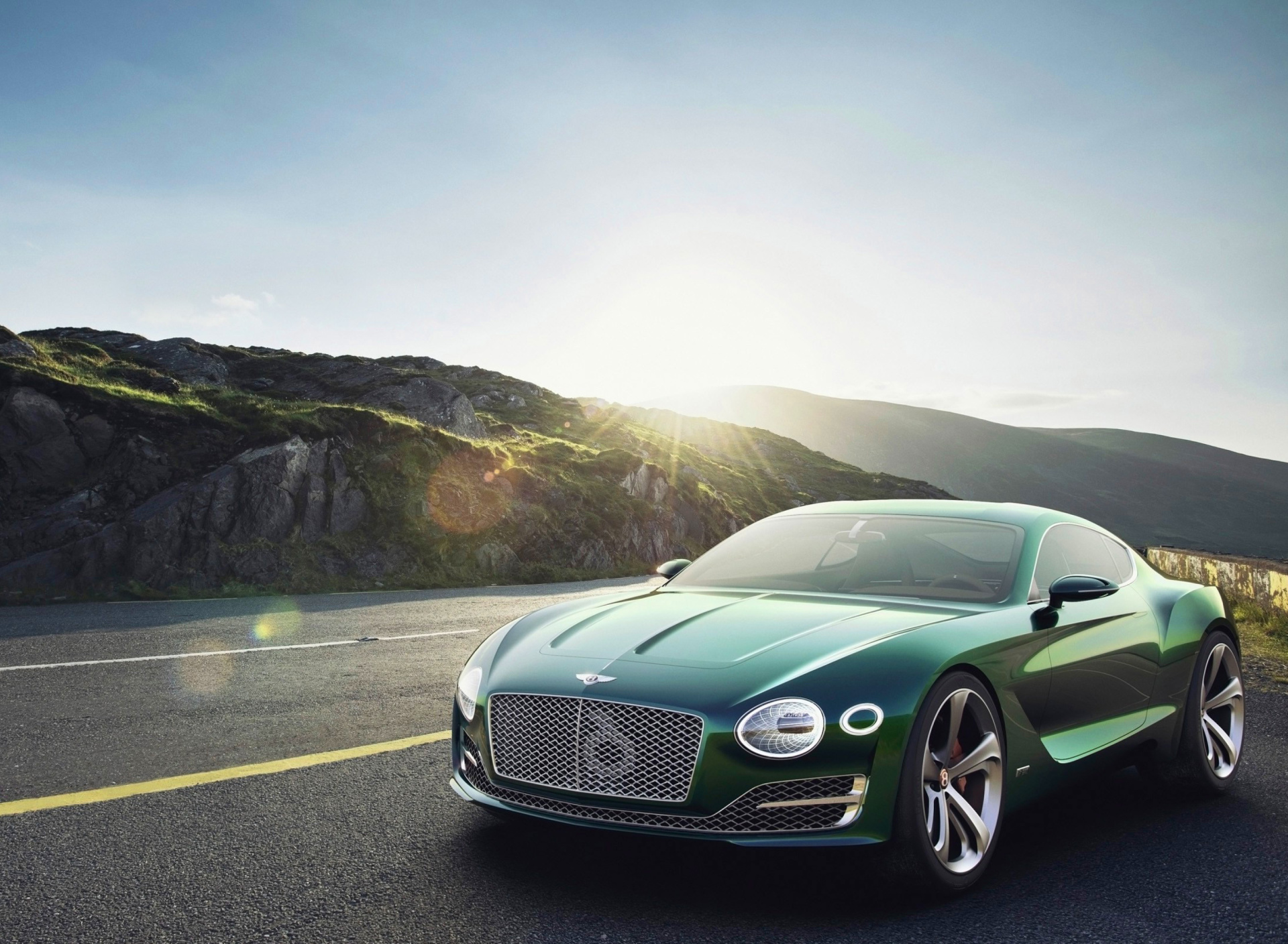 Screenshot №1 pro téma Bentley EXP 10 Speed 6 Concept 1920x1408