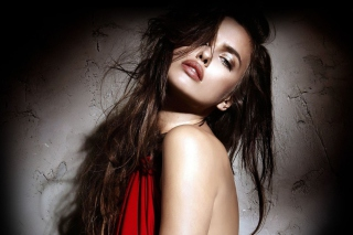 Irina Shayk Background for Android, iPhone and iPad