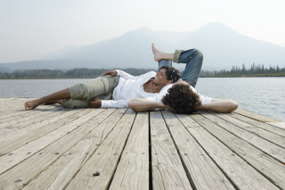 Free Couple On River Picture for Android, iPhone and iPad