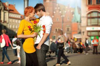 Romantic Date In The City Wallpaper for Android, iPhone and iPad