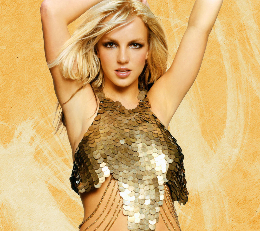 Screenshot №1 pro téma Britney Spears In Golden Dress 1080x960
