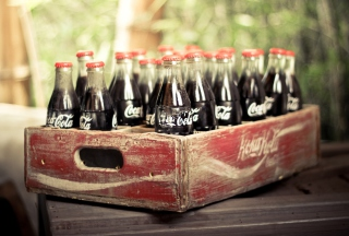 Vintage Coca-Cola Bottles sfondi gratuiti per cellulari Android, iPhone, iPad e desktop