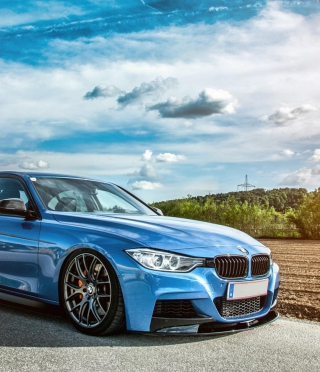 BMW 3 series (F30) Picture for 240x320