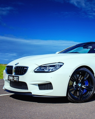 Free BMW M6 F13 Picture for HTC Titan