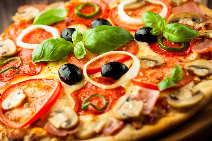 Screenshot №1 pro téma Pizza with mushrooms and tomatoes
