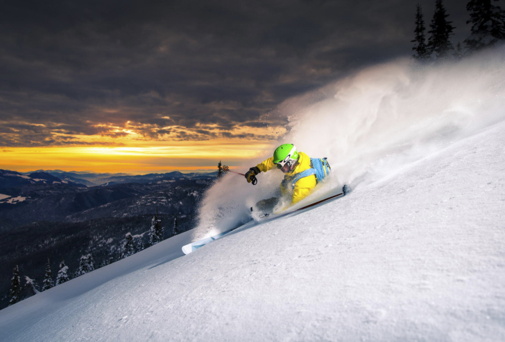 Skiing At Sunrise wallpaper
