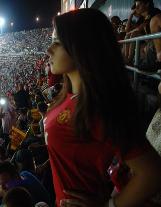 Free Manchester United Fan Picture for Nokia Asha 306