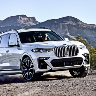 2019 BMW X7 sfondi gratuiti per iPad mini