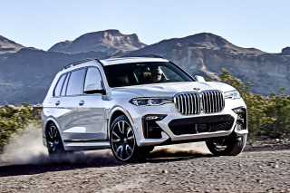 2019 BMW X7 Wallpaper for HTC Desire HD
