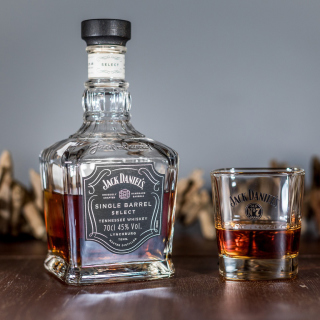 Jack Daniels Single Barrel sfondi gratuiti per iPad mini