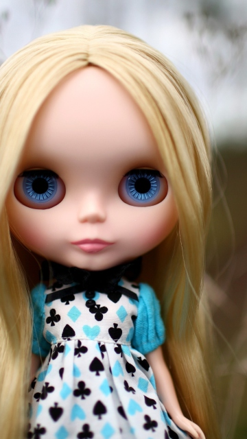 Screenshot №1 pro téma Blonde China Doll With Blue Eyes 360x640