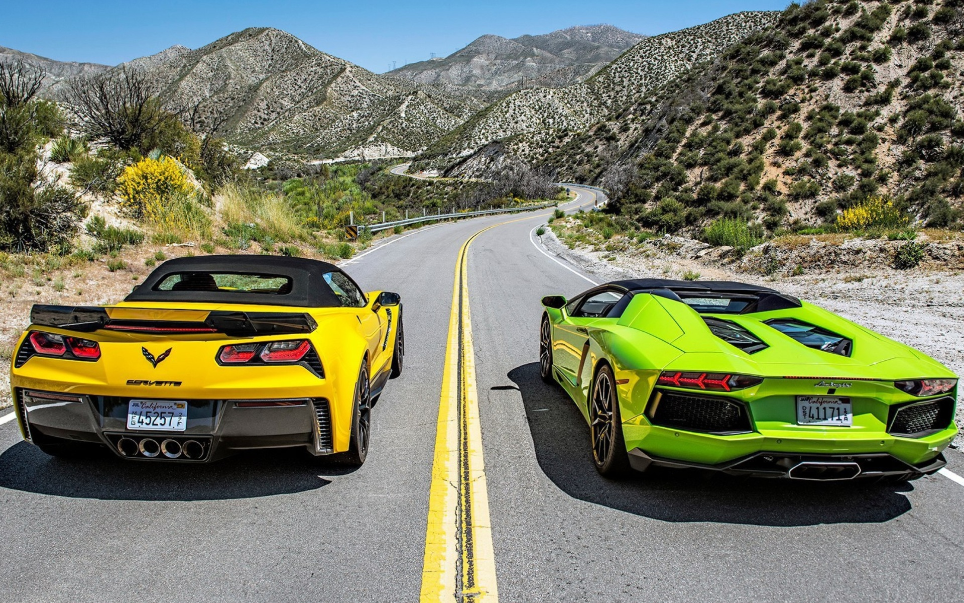 chevrolet corvette stingray vs lamborghini aventador wallpaper for widescreen. Black Bedroom Furniture Sets. Home Design Ideas