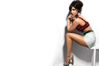 Kostenloses Priyanka Chopra Beautiful Indian Girl Wallpaper für Widescreen Desktop PC 1600x900