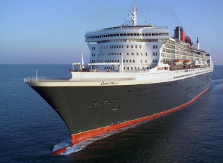 Queen Mary 2 - Flagship Wallpaper for Android, iPhone and iPad