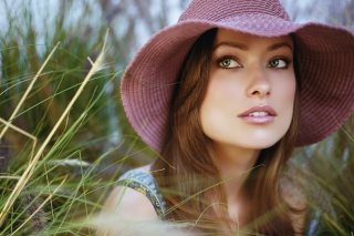 Olivia Wilde In Hat Wallpaper for Android, iPhone and iPad