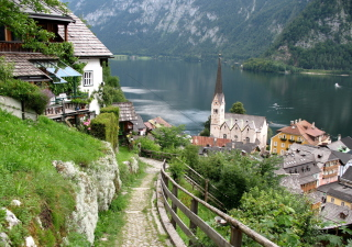 Free Austria - Lake Hallstatt Picture for Android, iPhone and iPad