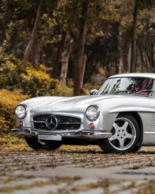 Mercedes Benz 300 SL sfondi gratuiti per iPhone 6 Plus