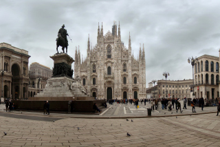 Milan Cathedral, Duomo di Milano Background for Android, iPhone and iPad