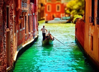 Venice Gondola Picture for Android, iPhone and iPad