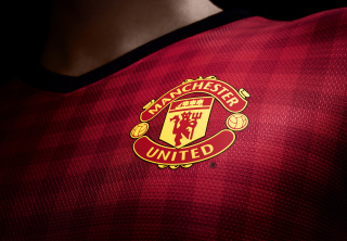 Manchester United T-Shirt Wallpaper for Android, iPhone and iPad