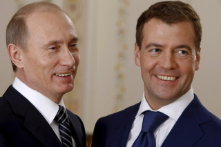 Kostenloses Vladimir Putin Russian President and Dmitry Medvedev Wallpaper für 1200x1024