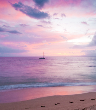 Pink Evening And Lonely Boat At Horizon - Fondos de pantalla gratis para 640x960