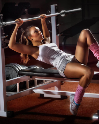 Free Sport Girl In Gym Picture for Nokia Asha 503