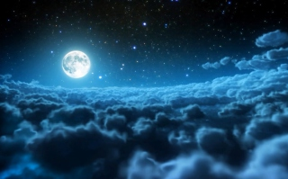 Cloudy Night And Sparkling Moon - Fondos de pantalla gratis