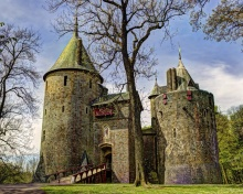 Screenshot №1 pro téma Castell Coch in South Wales 220x176